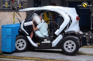 Renault-Twizy-crash-test_thumb