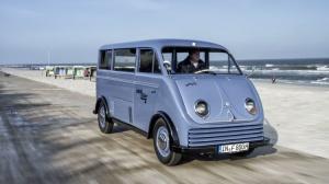 1956-dkw-elektro-wagen-restoration-001-1