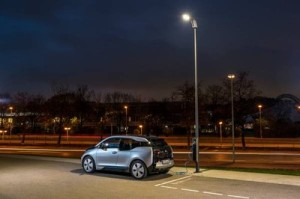 MINI Plant Oxford showcases pioneering street lighting system with integrated electric vehicle charging-66907